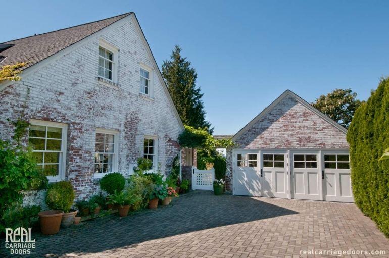 j3591-20120905-stonewashed-house-carriage-doors-01